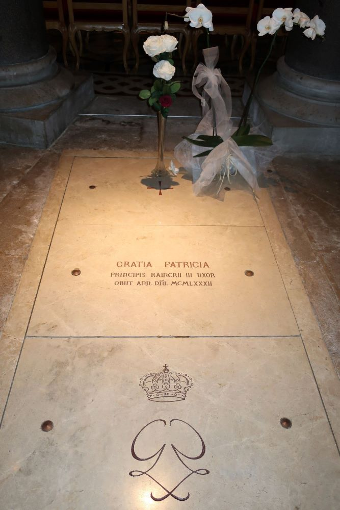 Princess Grace grave